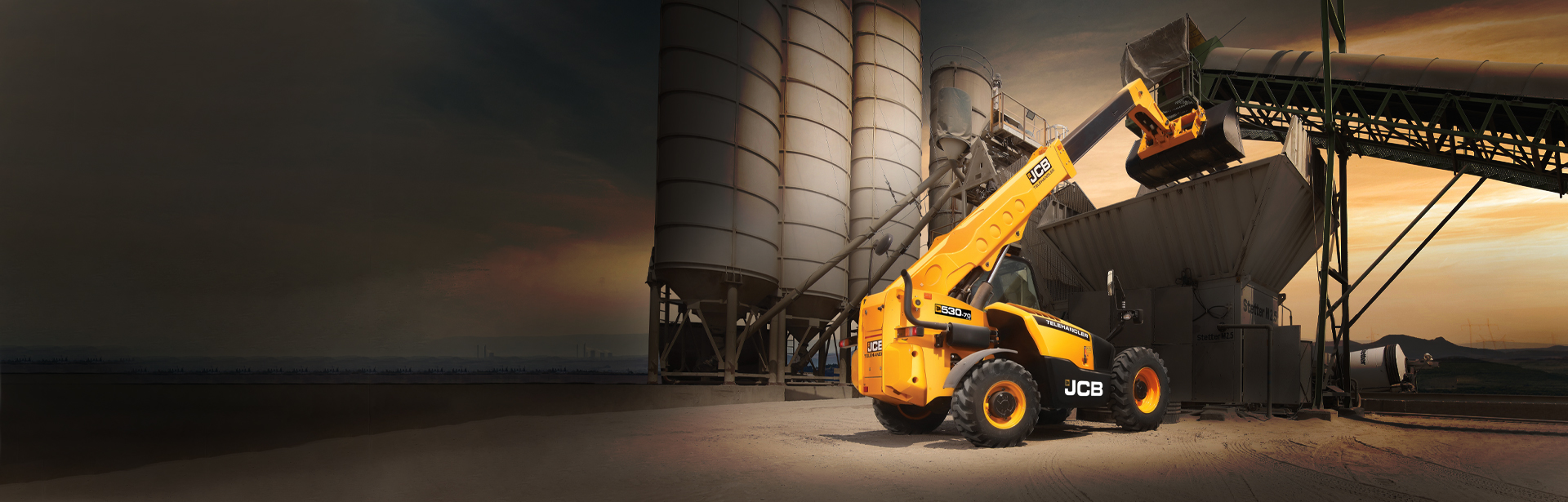 Introducing the new JCB Telehandler with side engine